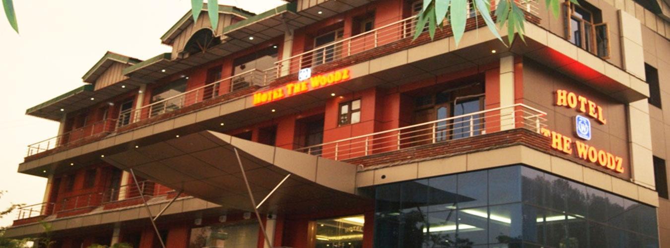 Hotel The Woodz Dharmashala
