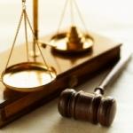 Attorneys/Lawyers